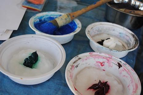 pigments paste paper